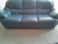 Freebie 3 seater leather Navy sofa and 2 seater sofa.