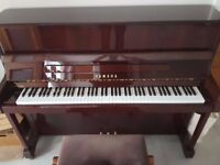 """Yamaha Upright """"Vienna"""" Piano V118N *Excellent condition*"""
