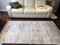 NEW - Silk mix beautiful rug (145cmx215cm)