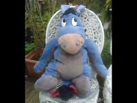 HUGE SOFT TOY EEYORE. OFFICIAL DISNEY TOY. BEDROOM. NURSERY. COLLECTABLE