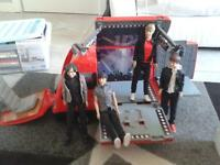 One Direction Tour camper van and 5 one direction dolls