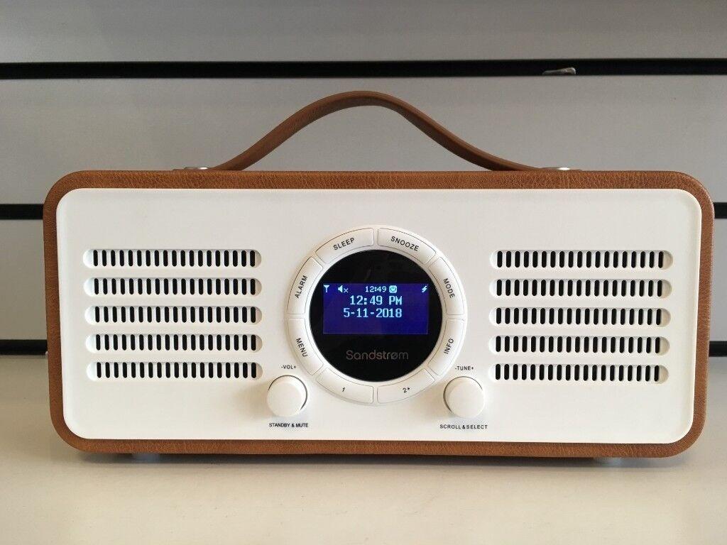 Sandstrom Portable DAB DAB+ & FM Radio W/ Dual Alarm Clock & Bluetooth -  Brown, White and Green   in Kingston, London   Gumtree