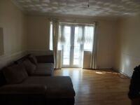**DSS welcome with Guarantor** Spacious 3 bedroom house located in Becontree, RM9.