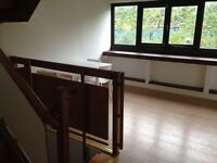 DOUBLE ROOM - ZONE 2, ABBEY ROAD! BILLS - WIFI INCLUDED!