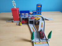 2 sets - Fire Rescue Centre and Rack racer Racing car