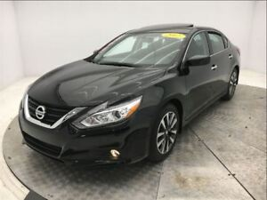 2017 Nissan Altima * 2.5 SV TECH * TOIT * MAGS *