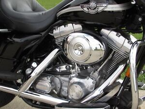 2003 harley-davidson FLHT Electra Glide  100th Anniversary  ONLY London Ontario image 9