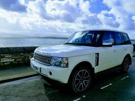 Top SPEC Range rover v8 Vogue SE special addition