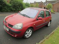 Dec 2004 Renault Clio, mint, driving perfect no faults, family owned from new ,well serviced .