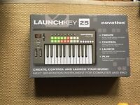 Novation Launchkey 25 MIDI Keyboard MIDI controller