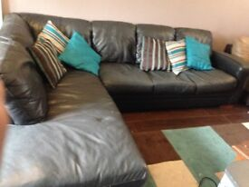 Leather Corner Sofa (Good Quality)