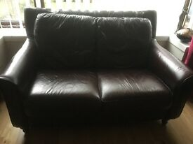 Immaculate leather suite 3 & 2 seater couch and footstool
