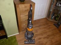 Dyson dc25 ball vacumn cleaner with all attachments