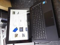 "Asus 11.6"" Touch Screen Netbook / Laptop Excellent Condition"