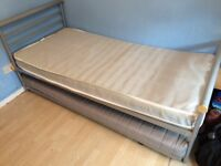 Metal framed single bed & FREE trundle bed