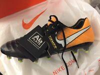 Nike Tiempo Legend VII football boots - BRAND NEW UK 9.5 US 10.5