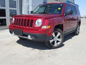4WD *Sunroof/Heated Front Seats