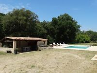 For rent Apartment in Sainte-Maxime 2 bedrooms in villa with swimming pool