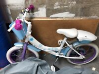 """Kids """"Frozen"""" bicycle. Ages 5-7"""