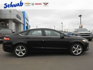 2016 Ford Fusion 4DR SDN, GREAT PRICE! Rearview camera, Low KMs! Edmonton Edmonton Area image 17
