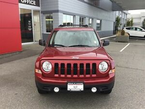 2014 Jeep Patriot 4x4 Sport / North No Accidents ! Clean *SUV* ! Comox / Courtenay / Cumberland Comox Valley Area image 2