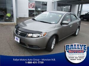2011 Kia Forte EX! ONLY 86 KM! Heated! Trade-In!