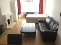 SPACIOUS 3 BEDROOM MANSION BLOCK TO RENT IN HENDON