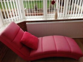 Red chaise long