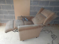 Electric reclining massage chair