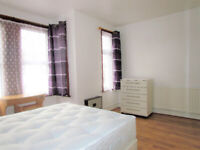 **NO DEPOSIT REQUIRED**EXTRA EXTRA LARGE ROOM TO RENT IN EASTHAM/NEWHAM