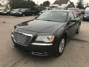 2013 Chrysler 300 Touring  FACTORY WARRANTY!! NO ACCIDENTS!!! London Ontario image 4