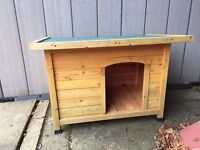 Barkshire Traditional Flat Top Dog Kennel