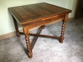 Vintage 1920s Oak dining table and chairs