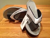 Oakley 'Gasket' Men's Flip Flops (UK10/EU45/US11) (never worn)