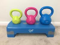 Davina fitness step and kettle bells