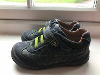 Start rite boys shoes size 7G