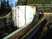 Fiberglass Boat 20 feet long, A D.I.Y persons project