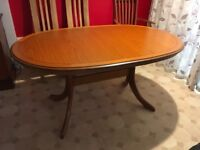 Dining table, extendable, 6-8 seater