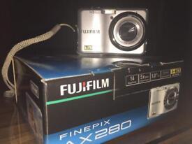 Digital Camera FUGIFILM 14 MegaPixels 5 x Wide Digital Zoom panorama Mode HD Movie FinePix AC280