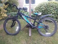 Kids Mountain bike - Trek MT60. Suits 6-9 year olds