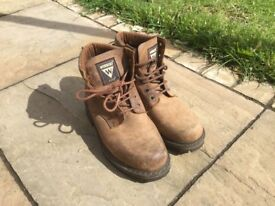 Workers Boots size 43