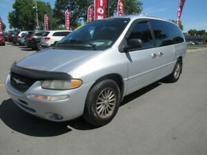 2000 Chrysler Town & Country Limited EXTRA PROPRE