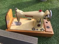 Superior novum electric sewing machine
