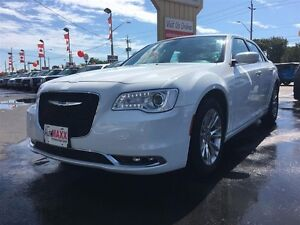 2015 CHRYSLER 300 TOURING- SUNROOF, HEATED SEATS, REAR VIEW CAME Windsor Region Ontario image 2