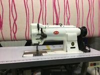 Industrial twin needle sewing machine