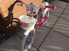 "Girls bike, 16"" wheels, suitable for kids around 105cm tall"