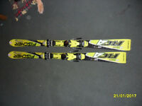 Fisher RC4 Worldcup ski with bindings for boys