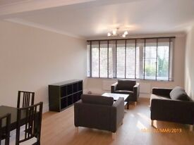 A charming spacious 1 bed apartment on the 1st floor in Highgate £300PW Available NOW