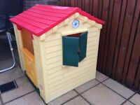 Kids Solid Plastic Playhouse - excellent condition