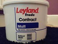 Leyland Trade Matt White Paint 10L
